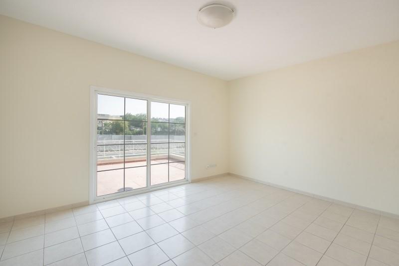 4 Bedroom Villa For Rent in  Deema 1,  The Lakes   8