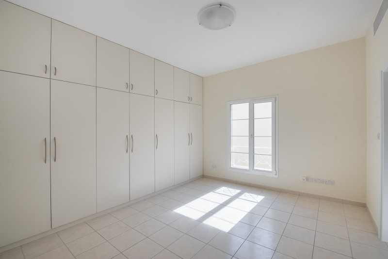 4 Bedroom Villa For Rent in  Deema 1,  The Lakes   12