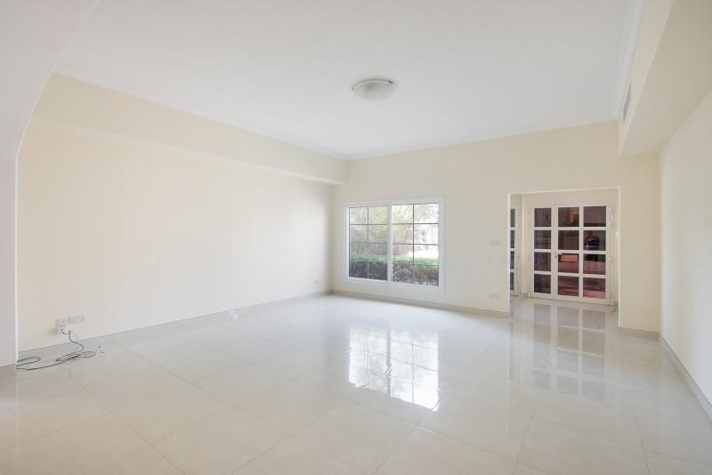 4 Bedroom Villa For Rent in  Deema 1,  The Lakes   13