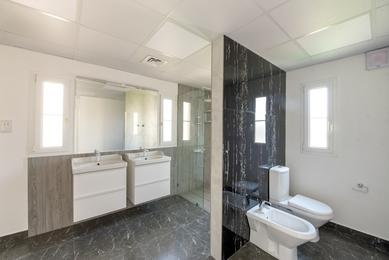 4 Bedroom Villa For Rent in  Deema 1,  The Lakes   9