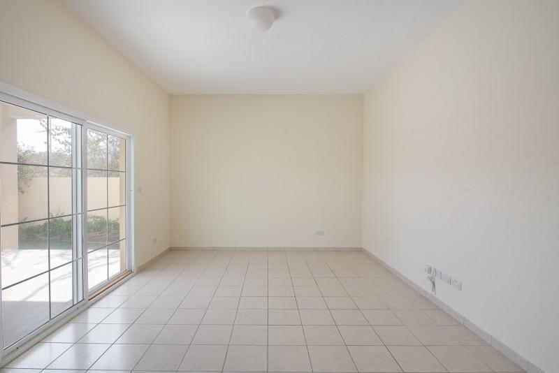 4 Bedroom Villa For Rent in  Deema 1,  The Lakes   15