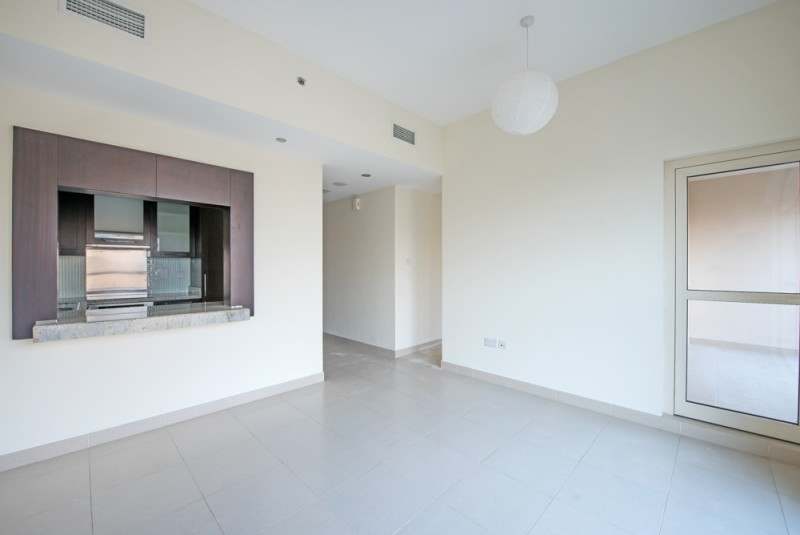 Studio Apartment For Rent in  Mosela Waterside Residences,  The Views   1