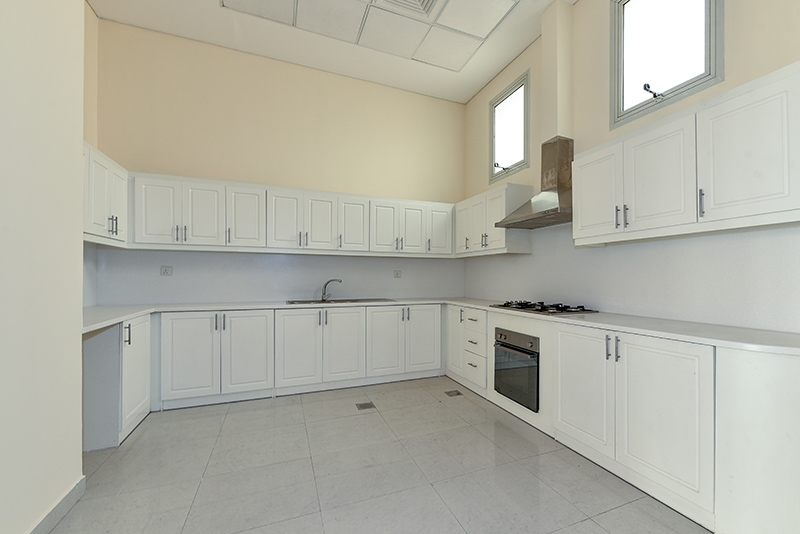 4 Bedroom Townhouse For Rent in  Bachour Villas,  Jumeirah Village Circle   3