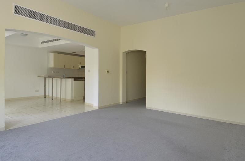 3 Bedroom Villa For Rent in  Zulal 1,  The Lakes | 6