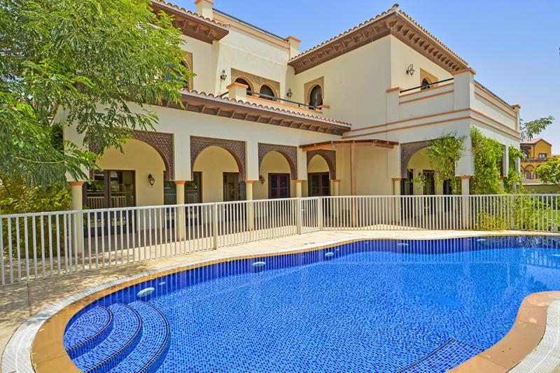 Ponderosa, The Villa