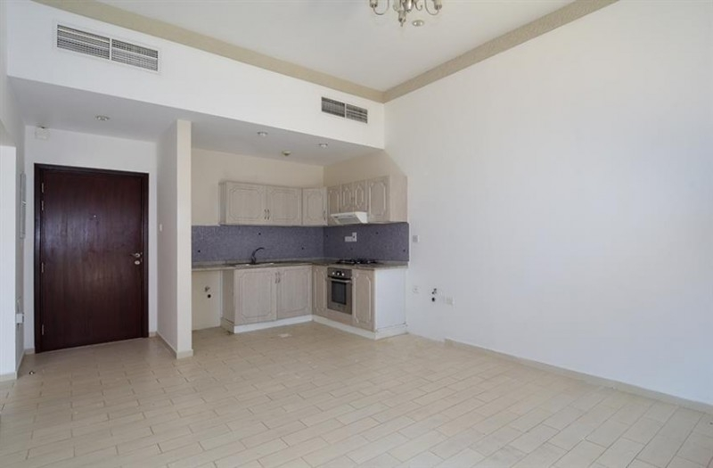 1 Bedroom Apartment For Rent in  Central Building,  Mirdif   4