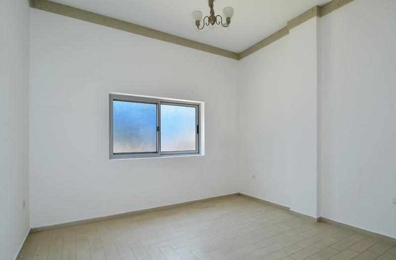 2 Bedroom Apartment For Rent in  Central Building,  Mirdif   0