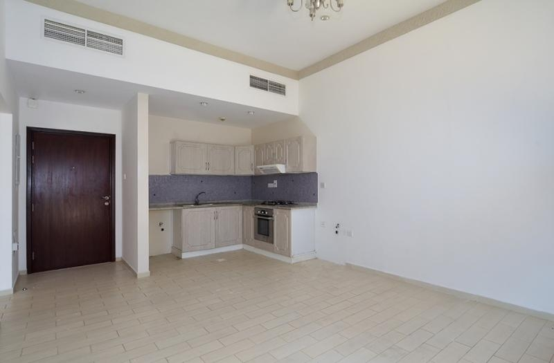 2 Bedroom Apartment For Rent in  Central Building,  Mirdif   4