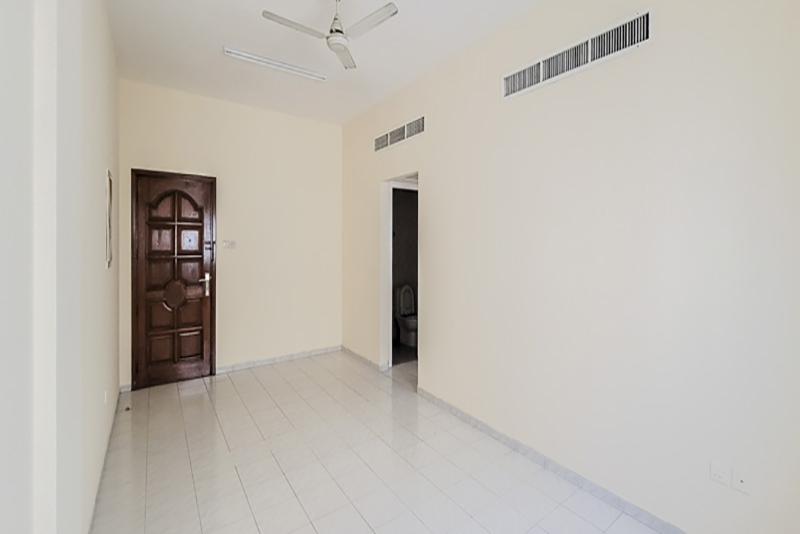 2 Bedroom Apartment For Rent in  Naif,  Deira   6