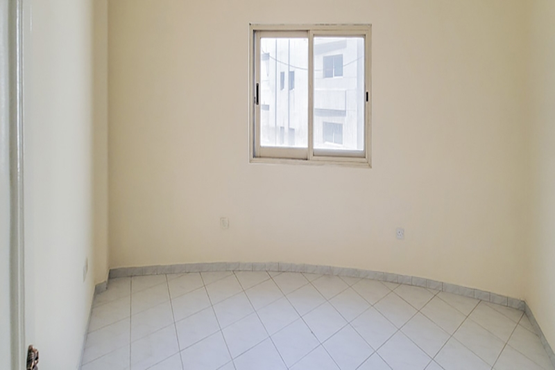 2 Bedroom Apartment For Rent in  Naif,  Deira   7
