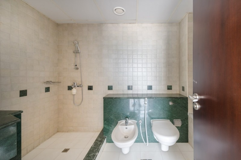 3 Bedroom Apartment For Rent in  Port Saeed,  Deira   7