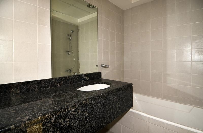 1 Bedroom Apartment For Rent in  Mayfair Residency,  Business Bay   4