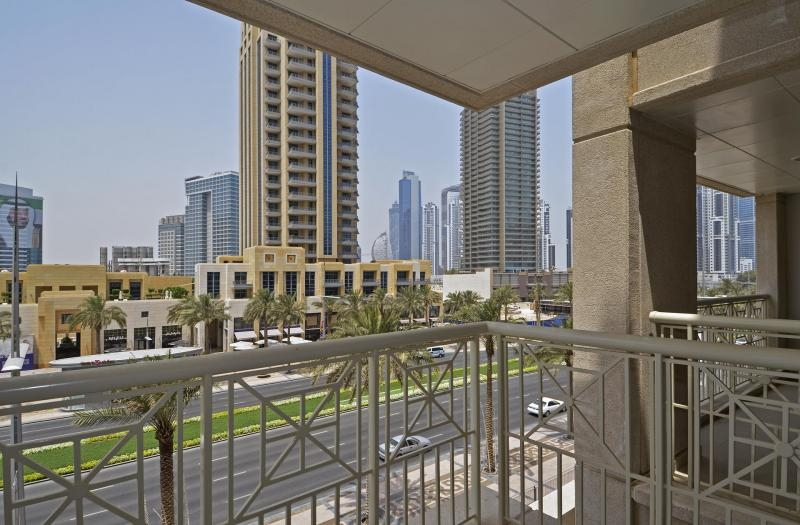 Studio Apartment For Rent in  29 Burj Boulevard Podium,  Downtown Dubai   6