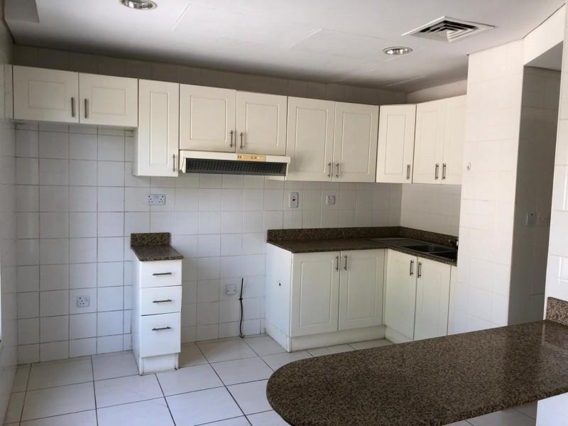 2 Bedroom Villa For Rent in  Springs 9,  The Springs   3