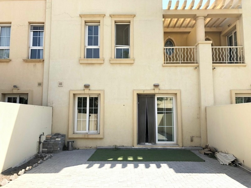 2 Bedroom Villa For Rent in  Springs 9,  The Springs   4
