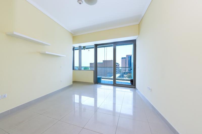 2 Bedroom Apartment For Rent in  Ocean Heights,  Dubai Marina   5