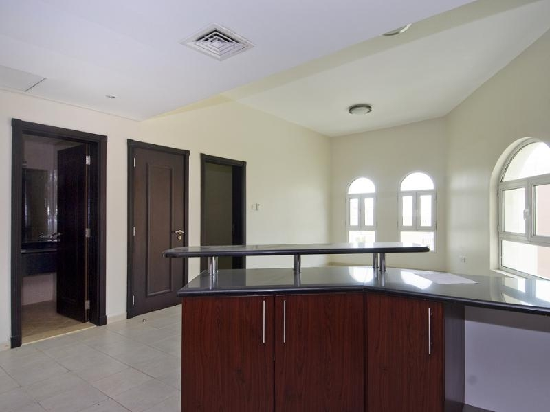1 Bedroom Apartment For Rent in  Building 38 To Building 107,  Discovery Gardens | 3