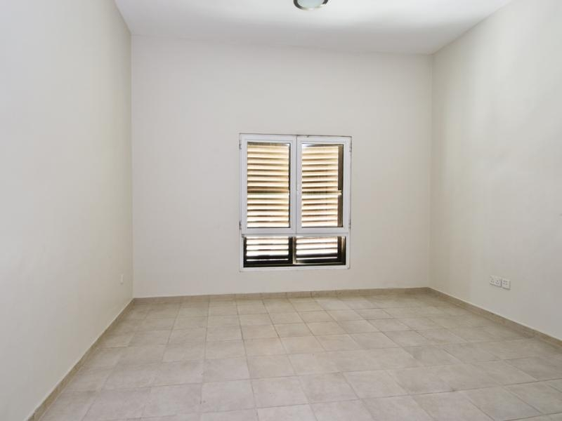 1 Bedroom Apartment For Rent in  Building 38 To Building 107,  Discovery Gardens | 5