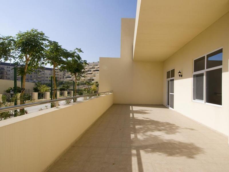2 Bedroom Apartment For Rent in  New Bridge Hills 2,  Motor City | 9