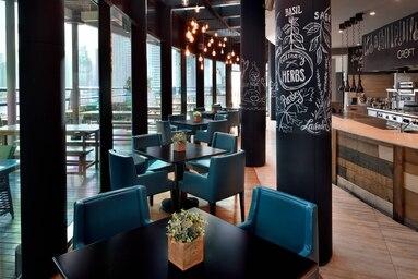 3 Bedroom Hotel Apartment For Rent in  Marriott Harbour Hotel And Suites,  Dubai Marina | 15