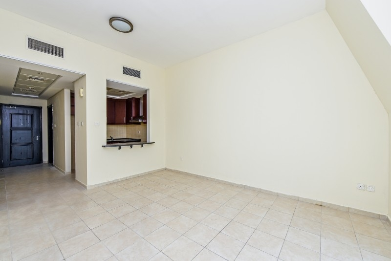 Studio Apartment For Rent in  Building 38 To Building 107,  Discovery Gardens | 6