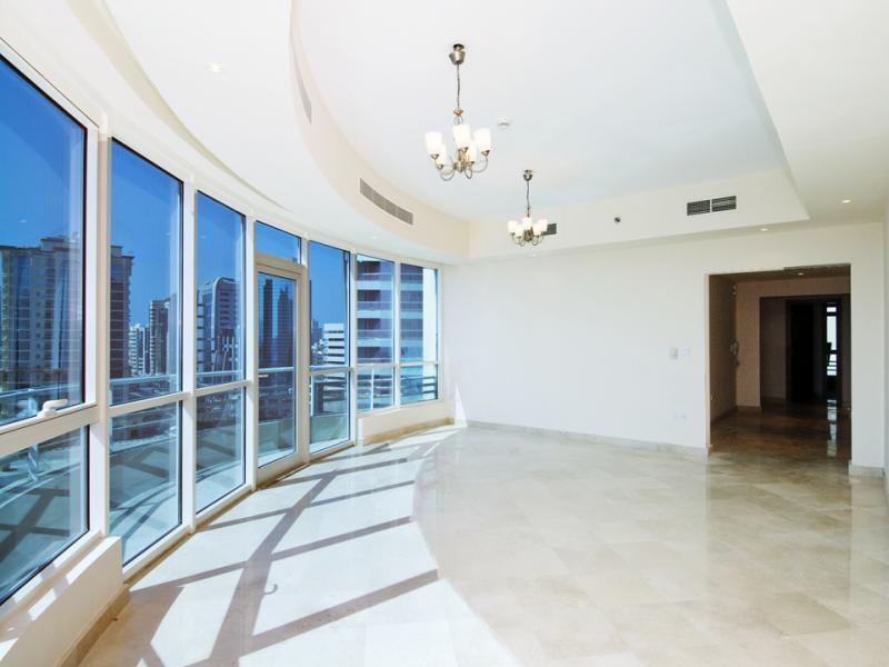 3 Bedroom Apartment For Rent in  Al Meraikhi 3,  Deira | 4