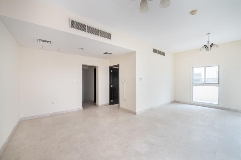 3 Bedroom Villa For Rent in  Westar La Residencia Del Sol,  Jumeirah Village Circle | 2
