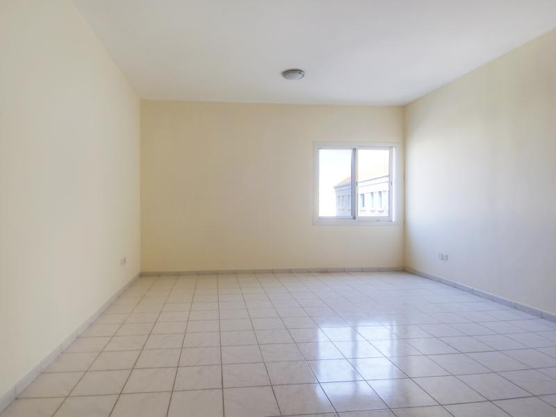 Studio Apartment For Rent in  Italy,  International City   5