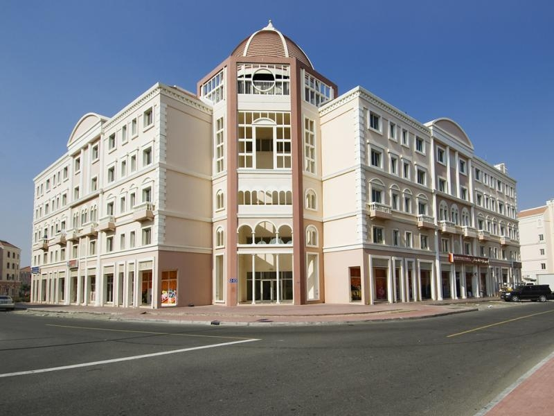 Studio Apartment For Rent in  Italy,  International City   6