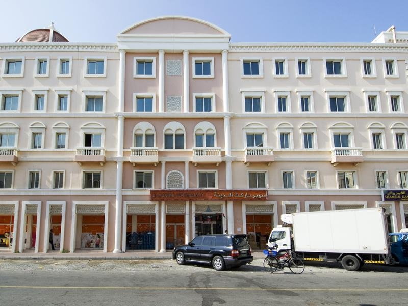 Studio Apartment For Rent in  Italy,  International City   7
