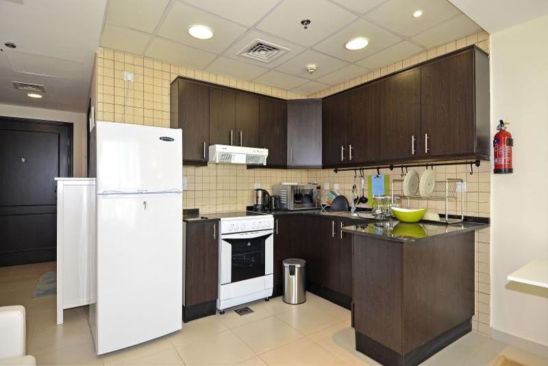 Studio Apartment For Rent in  The Royal Oceanic,  Dubai Marina | 4