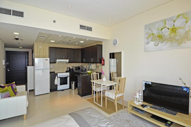 Studio Apartment For Rent in  The Royal Oceanic,  Dubai Marina | 5