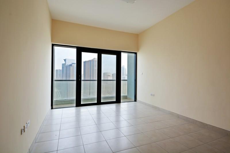 3 Bedroom Apartment For Rent in  Al Ghazal Tower,  Al Khan | 5