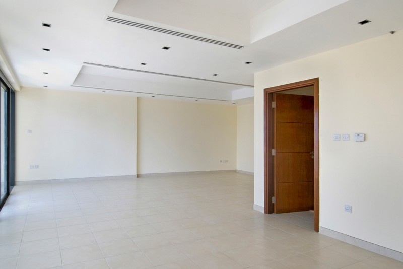 3 Bedroom Apartment For Rent in  Al Ghazal Tower,  Al Khan | 3