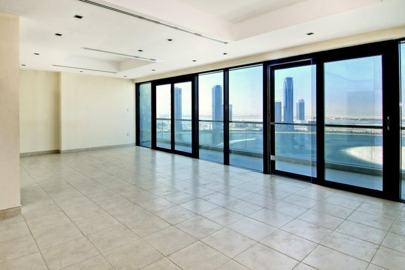 3 Bedroom Apartment For Rent in  Al Ghazal Tower,  Al Khan | 0