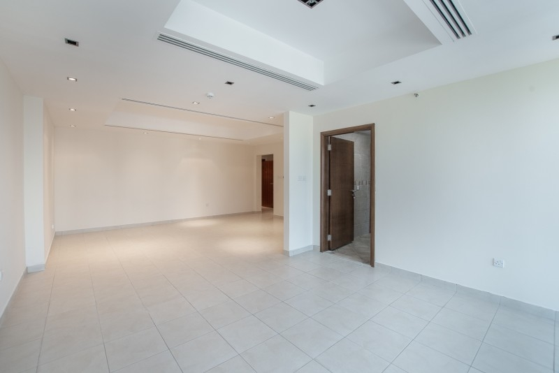 2 Bedroom Apartment For Rent in  Al Ghazal Tower,  Al Khan | 3