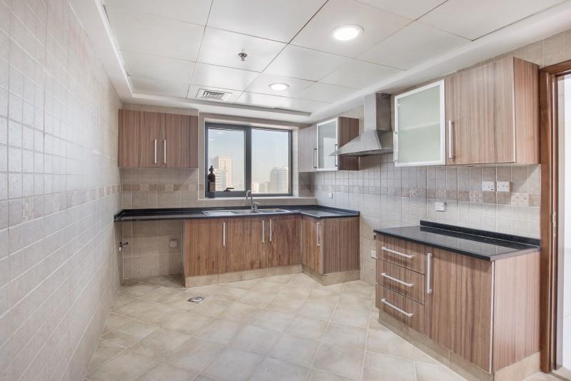 2 Bedroom Apartment For Rent in  Al Ghazal Tower,  Al Khan | 7