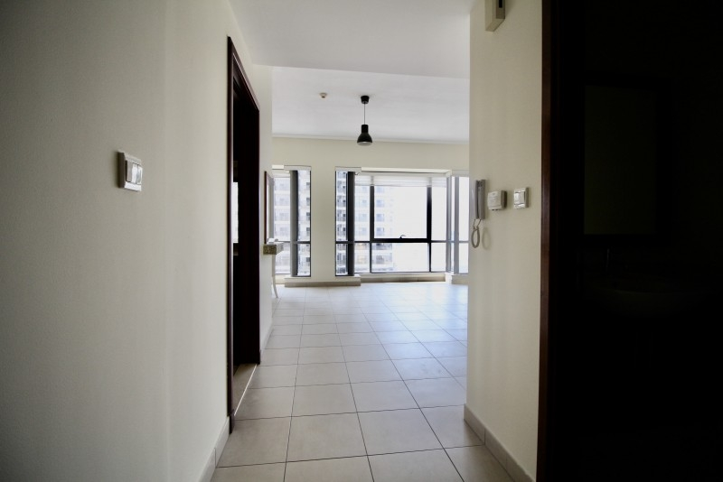 1 Bedroom Apartment For Rent in  South Ridge 3,  Downtown Dubai   1