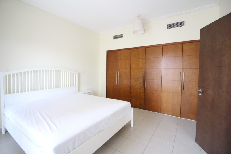 1 Bedroom Apartment For Rent in  South Ridge 3,  Downtown Dubai   2