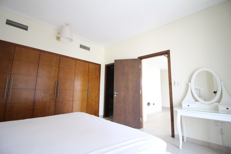 1 Bedroom Apartment For Rent in  South Ridge 3,  Downtown Dubai   7