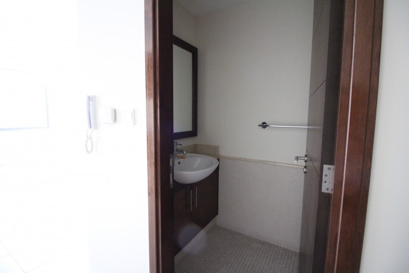 1 Bedroom Apartment For Rent in  South Ridge 3,  Downtown Dubai   13