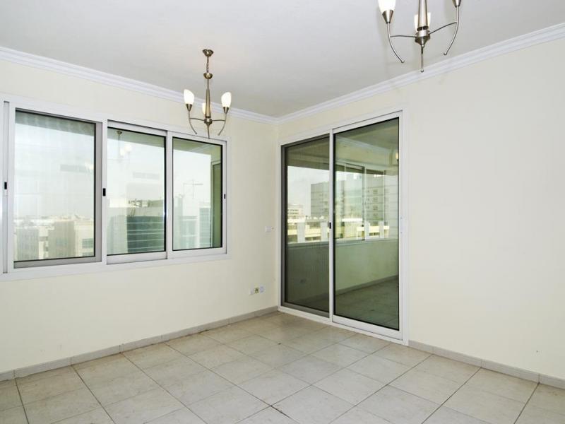 2 Bedroom Apartment For Rent in  Al Meraikhi Tower 2,  Deira   4
