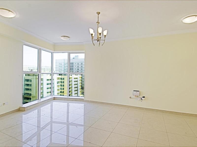 2 Bedroom Apartment For Rent in  Al Meraikhi Tower 2,  Deira   0