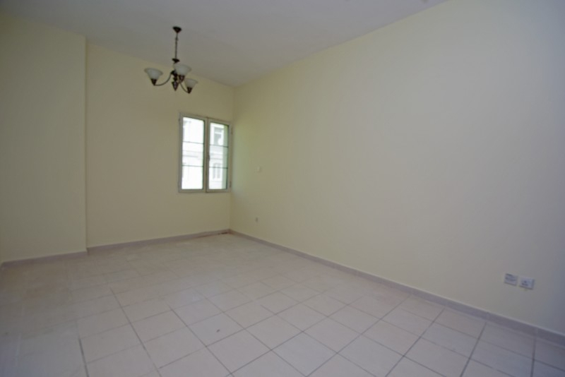 1 Bedroom Apartment For Rent in  England,  International City | 3
