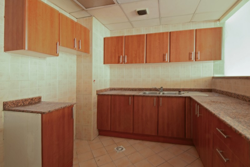1 Bedroom Apartment For Rent in  England,  International City | 2