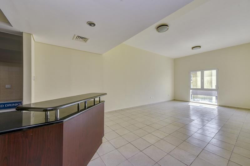 1 Bedroom Apartment For Rent in  Building 38 To Building 107,  Discovery Gardens   4