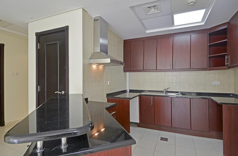 1 Bedroom Apartment For Rent in  Building 38 To Building 107,  Discovery Gardens   3