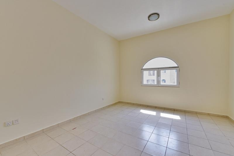 1 Bedroom Apartment For Rent in  Building 38 To Building 107,  Discovery Gardens   5