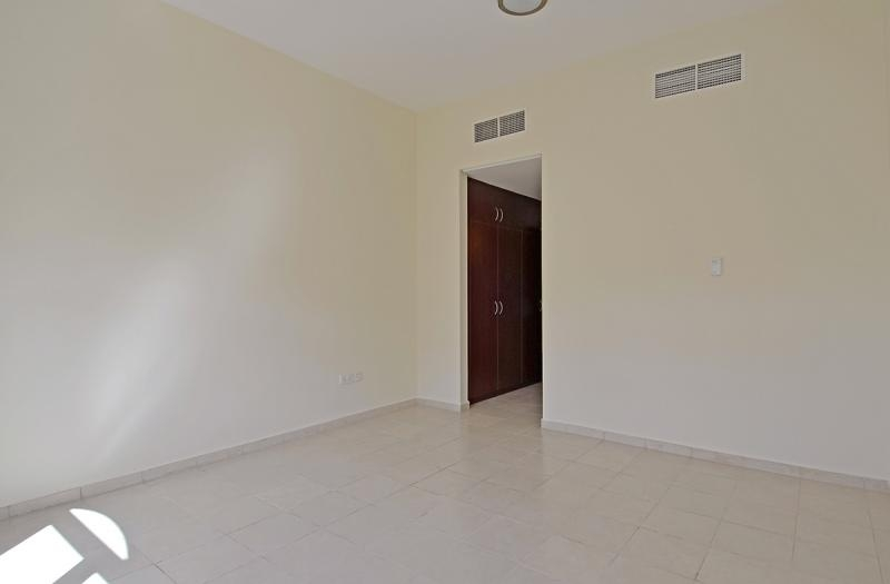 1 Bedroom Apartment For Rent in  Building 38 To Building 107,  Discovery Gardens   7