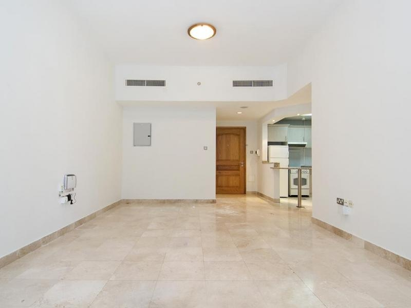 1 Bedroom Apartment For Rent in  Al Meraikhi Tower,  Sheikh Zayed Road | 0